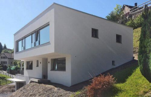 Massivbau: Neubau Einfamilienhaus in Mels durch Invias.